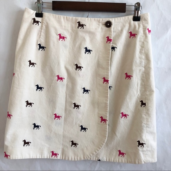 Lilly Pulitzer Dresses & Skirts - Lilly Pulitzer Corduroy Horse Print Wrap Skirt
